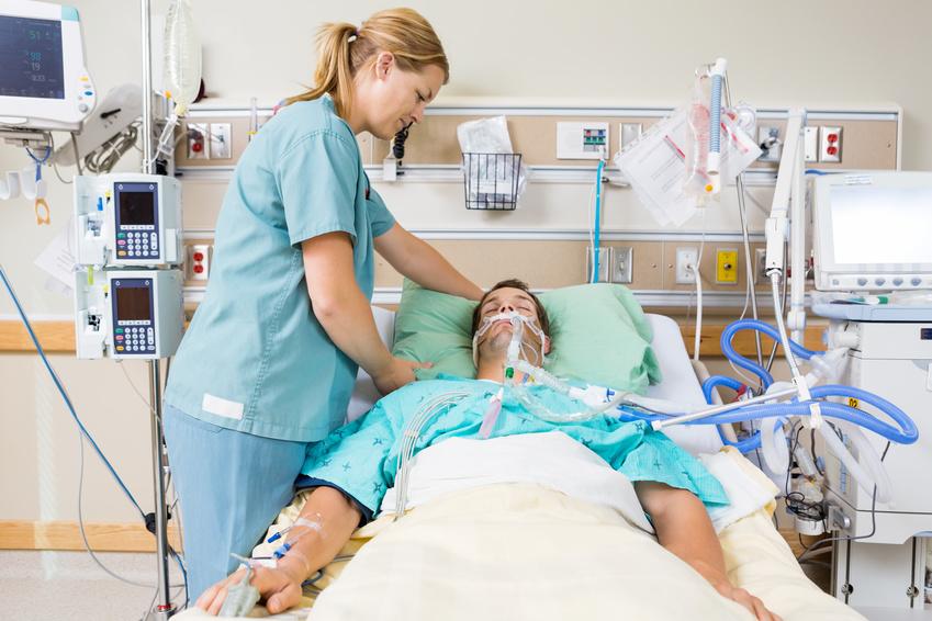 臆病な人におすすめの職場は、ICUや介護現場です。