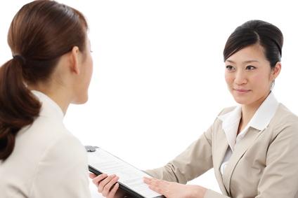 看護師は公務員として働く事が出来ます。待遇は更に安定し給与もアップします。