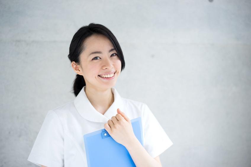 看護師の白衣を選ぶ基準